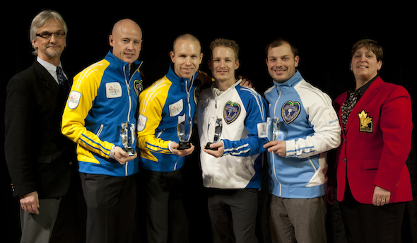 From left, Paul Wiecek (Canadian Curling Reporters president), Kevin Koe, Pat Simmons, Tyrel Griffith, Philippe Ménard, Marilyn Neily (CCA governor). (Photo, CCA/Michael Burns)