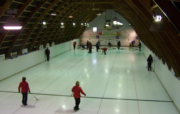 Hampton Curling Club (Photo   )
