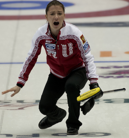 Russian skip Anna Sidorova shouts instructions to her sweepers. (Photo, CCA/Michael Burns)