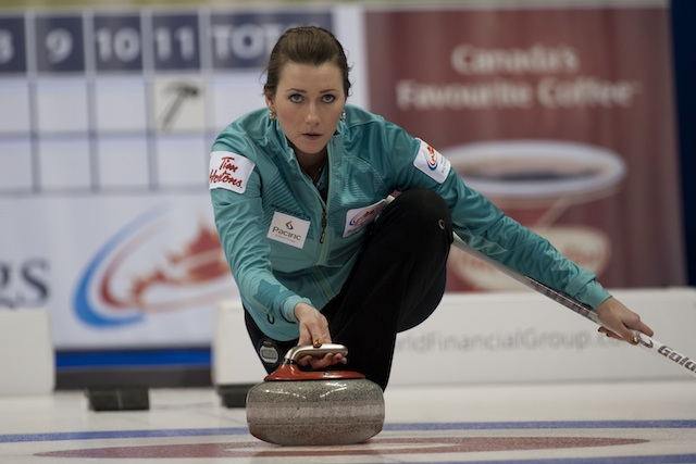 Emma Miskew in action at the 2013 Roar of the Rings in Winnipeg, Man. (Photo CCA/Michael Burns)