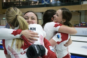 The Canadian women celebrate their victory (Photo WCF/Patrick Fulgencio)