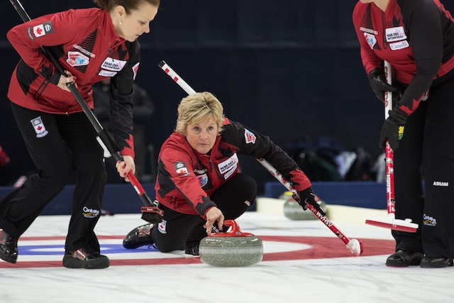 Lois Fowler in action at the 2015 World Senior Curling Championships in Sochi, Russia (WCF/Céline Stucki Photo)