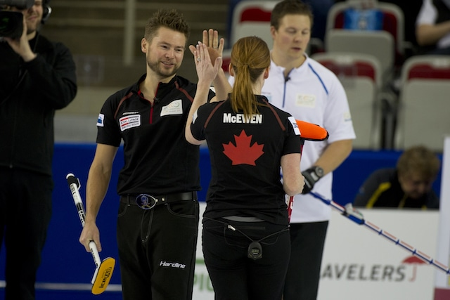 Mike and Dawn McEwen teamed up this week to win the Wall Grain Mixed Doubles Classic in Oshawa, Ont. (Photo, Curling Canada/Michael Burns)