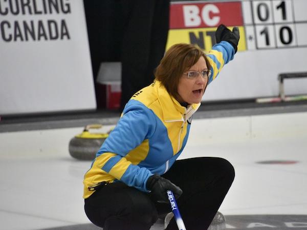 Alberta skip Nanette Dupont (Curling Canada/Claudette Bockstael)