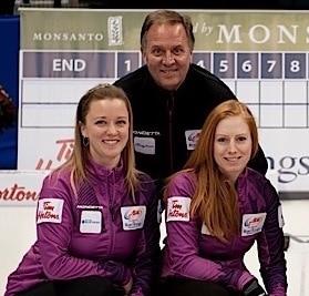 Dad Dan Carey with daughter Chelsea and Kristy MacDonald (Curling Canada/Michael Burns photo)