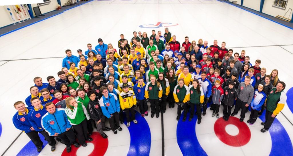 2016 Optimist International Under-18 Curling Championship participants (Detour Photography)