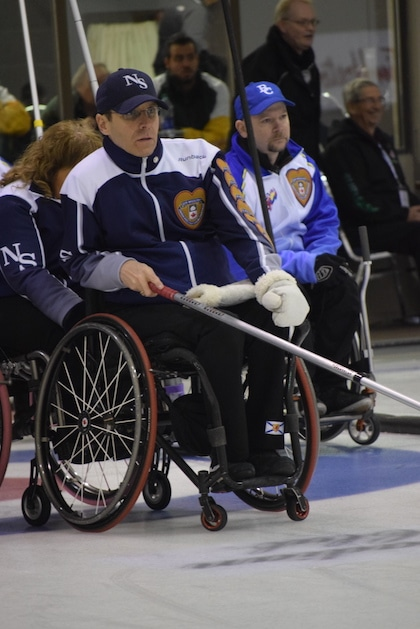 Nova Scotia skip Trendal Hubley-Bolivar watches the line during action at the 2016 Canadian Wheelchair Championship in Regina (Curling Canada/Morgan Daw photo)