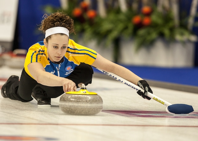 Joanne Courtney, 2014 Scotties Tournament of Hearts (Curling Canada/Andrew Klaver photo)
