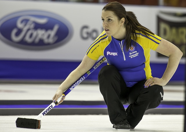 Dana Ferguson delivers her rock at the 2015 Scotties Tournament of Hearts in Moose Jaw, Sask. (Curling Canada/Andrew Klaver photo)