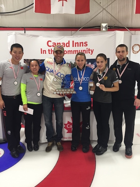 Winners of the Canad Inns Mixed Doubles Championship in Portage-la-Prairie, Man. Left to right: Silver medallists Rui Wang and De Xin Ba (China), Gold medallists John Morris and Rachel Homan, Bronze medallists Anastasia Bryzgalova and Alexander Krushelnitsky (Russia) (Curling Canada photo)