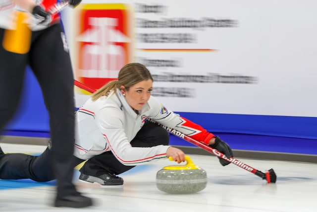 Sturmay back in the win column at World Juniors | Curling Canada
